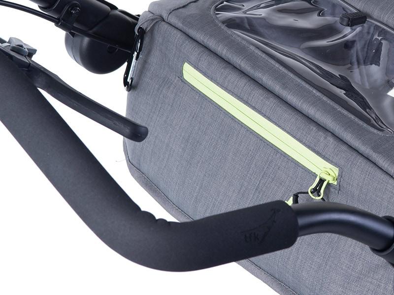 Integrierte Tasche im Verdeck